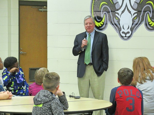Mayor Yearta Speaks to WCMS 6th graders